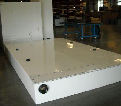 PART-MOBILE-RESTROOM-TANK-CORNER-VIEW-CUSTM0995